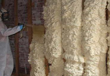 Types of Spray Foam in Quebec City